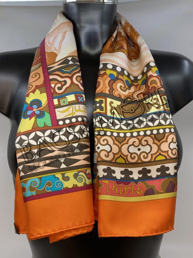Hermès sjaal oranje La Femme aux Jumelles